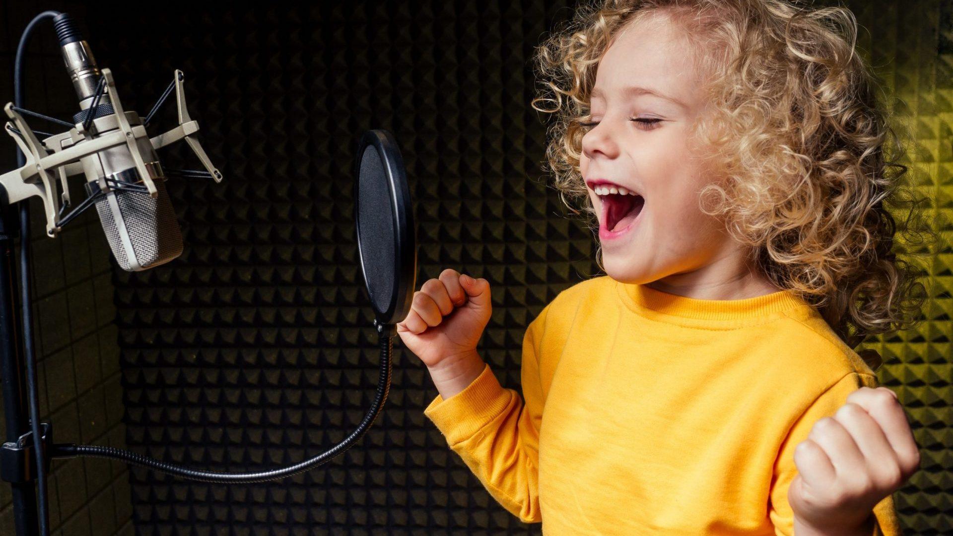 child dubbing